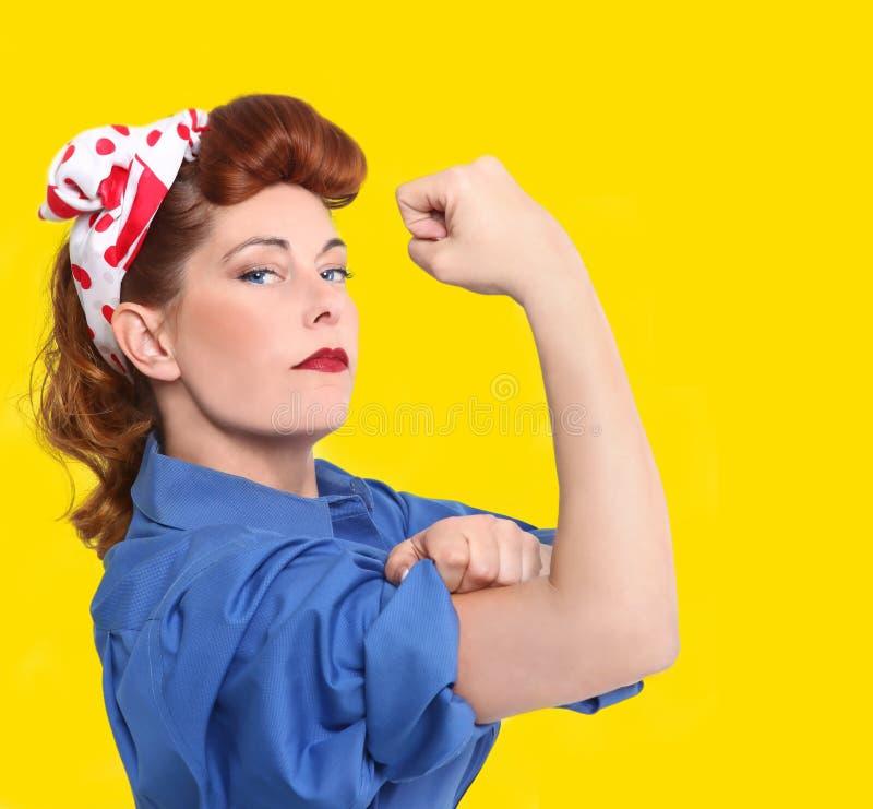 Ikonenhaftes Bild eines weiblichen Arbeiters stockfotografie