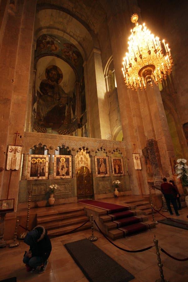 Ikony i malowidła ścienne na ścianach wśrodku Svetitskhoveli w Mtskheta, Gruzja zdjęcia royalty free