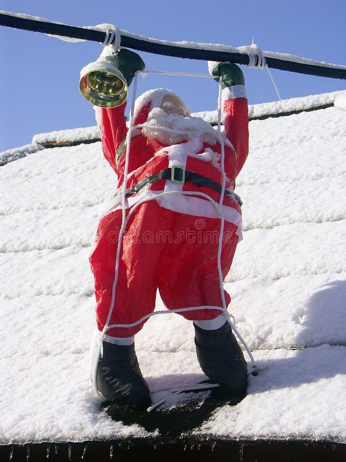 Il Babbo Natale su un tetto immagine stock libera da diritti