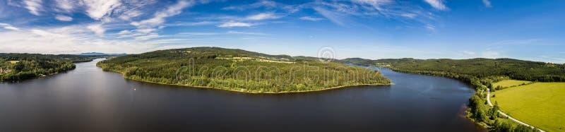 Il bacino idrico di Lipno nel sud Boemia in repubblica Ceca fotografia stock