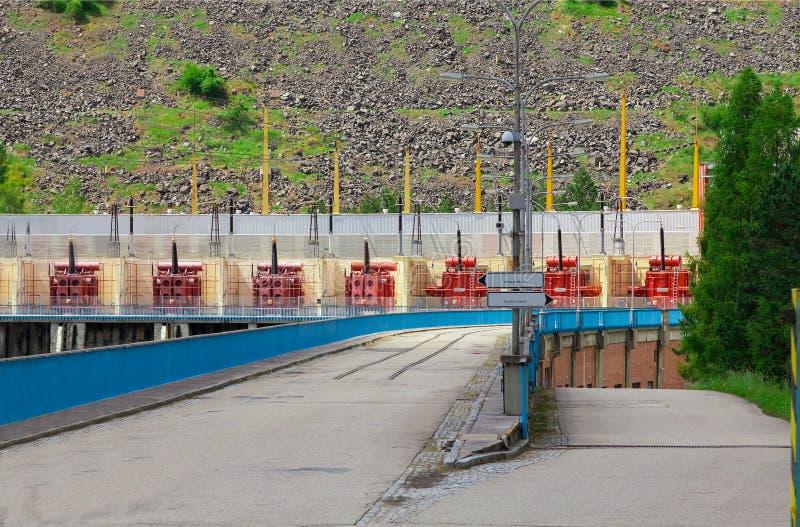 Il bacino idrico e la centrale elettrica di potenza idraulica Dalesice in repubblica Ceca fotografia stock