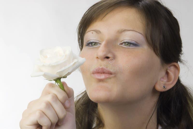 Il bacio è aumentato immagine stock libera da diritti
