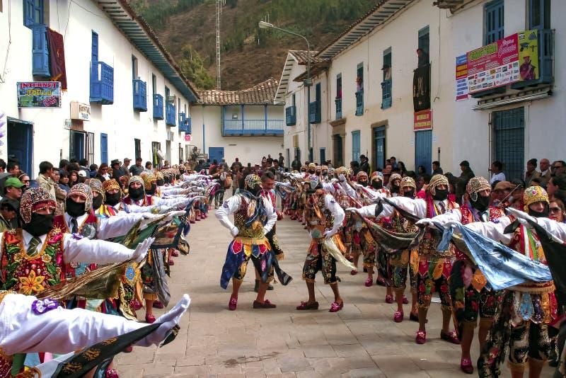 Il ballo tipico del festival religioso di Paucartambo's di Virgen del Carmen ha chiamato il 'Capac Qolla' immagine stock libera da diritti