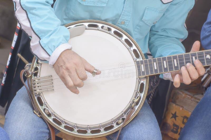 Il banjo è strumento della corda suo è strumento musicale immagine stock
