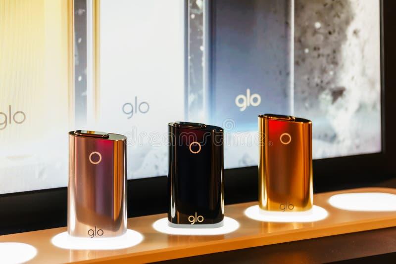 Il bastone a pile del tabacco di GLO è un prodotto dell'ustione del calore non lanciato da British American Tobacco nel 2016 immagine stock libera da diritti