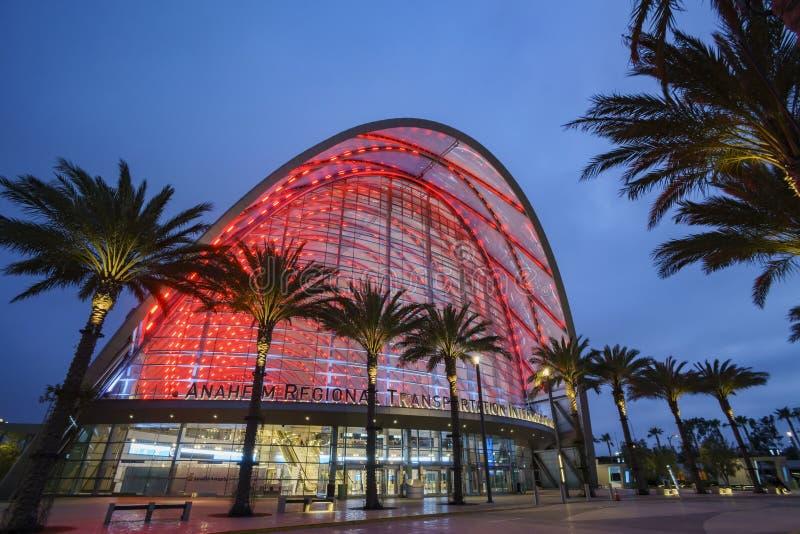 Il bello centro intermodale regionale di transito di Anaheim fotografia stock libera da diritti