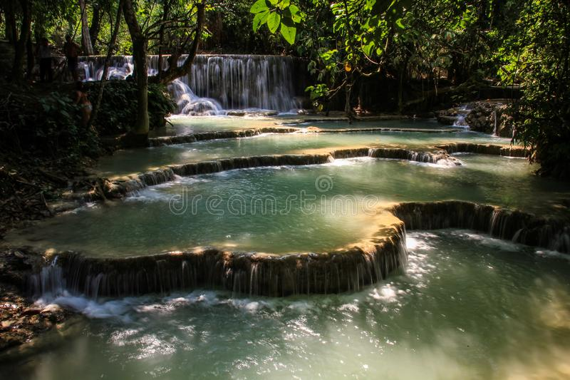 Il bello tat Kuang Si Waterfalls, provincia di Luang Prabang, Laos immagini stock libere da diritti