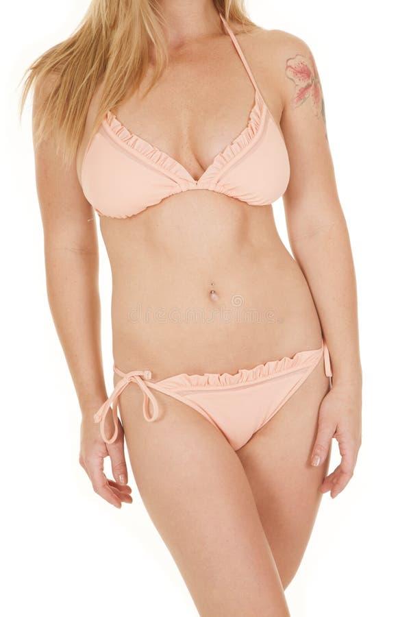 Il bikini della donna increspa il corpo fotografie stock libere da diritti