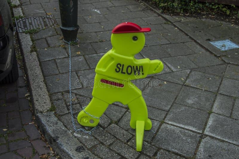 Il burattino divertente è informato ai bambini a Amsterdam il 2018 olandese immagine stock libera da diritti