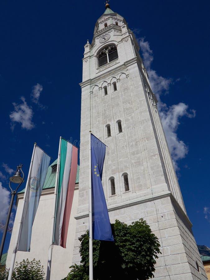 Il campanile in d'Ampezzo della cortina, Italia immagini stock libere da diritti