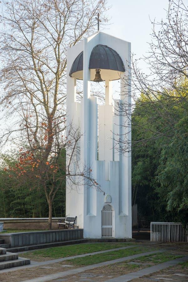 Il campanile della chiesa della st Petka in Rupite, Bulgaria immagine stock libera da diritti