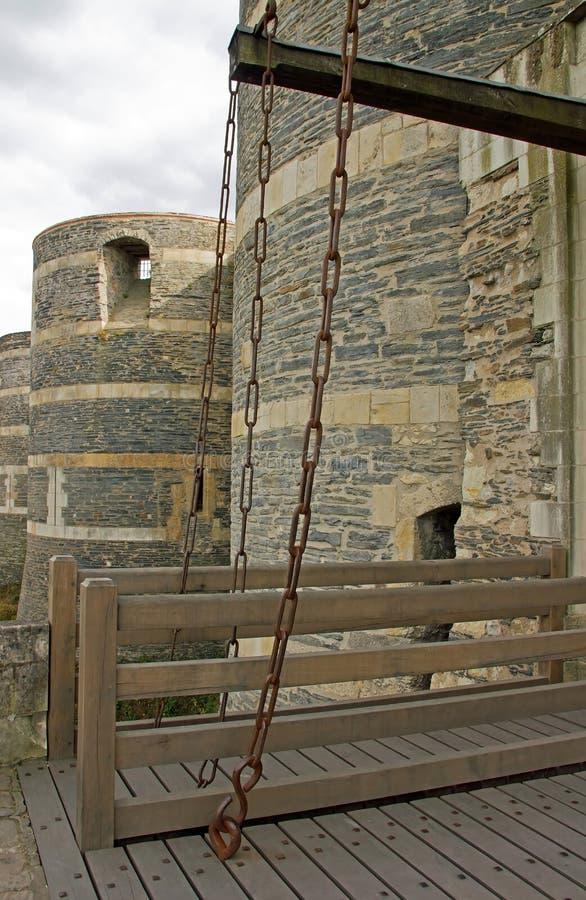 Il castello aperto del drawbridge di fa arrabbiare immagine stock libera da diritti