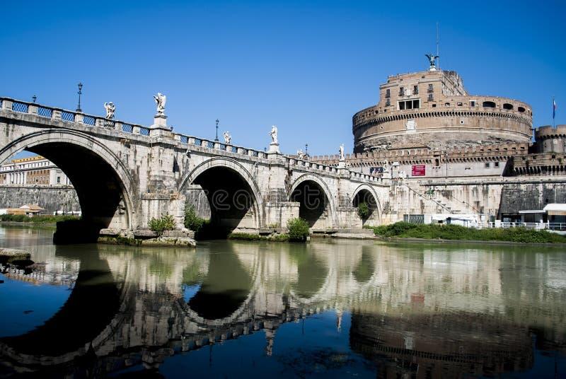 Il castello degli angeli si avvicina a Città del Vaticano fotografia stock