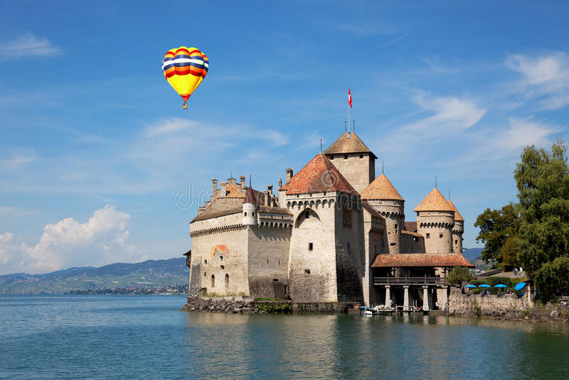 Il castello di Chillon al lago Lemano in Svizzera fotografia stock libera da diritti