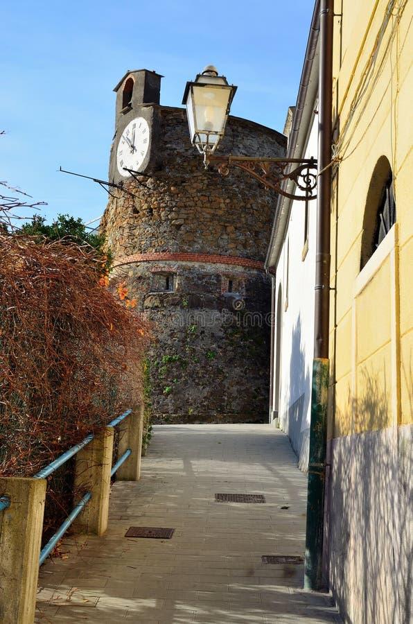 Il castello di Riomaggiore immagine stock libera da diritti