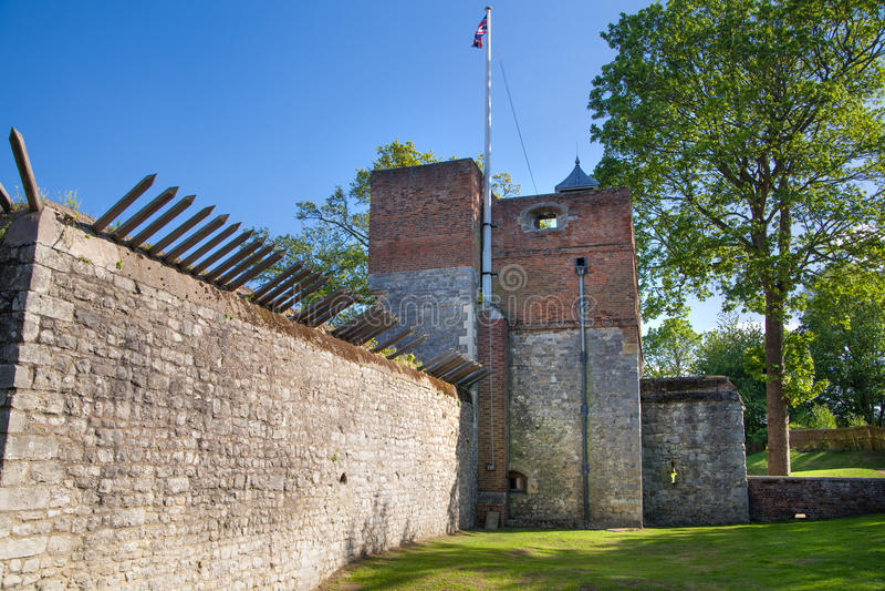 Il castello di Upnor è una fortificazione elisabettiana dell'artiglieria situata sulla sponda ovest del fiume Medway in Risonanza fotografia stock libera da diritti
