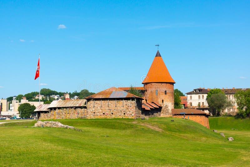 Download Il Castello Medievale A Kaunas Fotografia Stock - Immagine di destinazione, mattone: 56878064