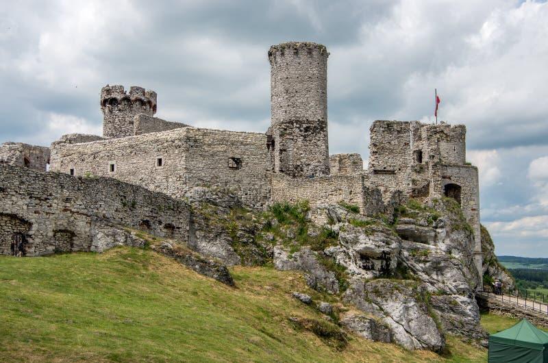 Il castello medievale in Ogrodzieniec in Polonia immagine stock