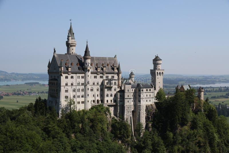 Il castello reale del Neuschwanstein fotografia stock