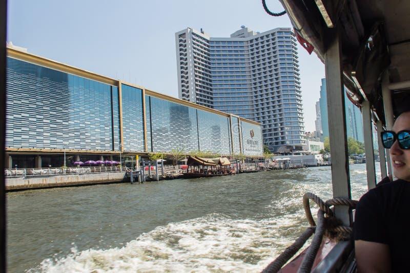 Il centro commerciale di Bangkok della città del fiume, l'ancora delle arti & gli oggetti d'antiquariato che costruiscono, è un c fotografie stock libere da diritti