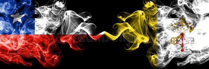 Il Cile contro le bandiere mistiche fumose di Città del Vaticano disposte parallelamente Spesso colorato serico fuma la combinazi fotografia stock