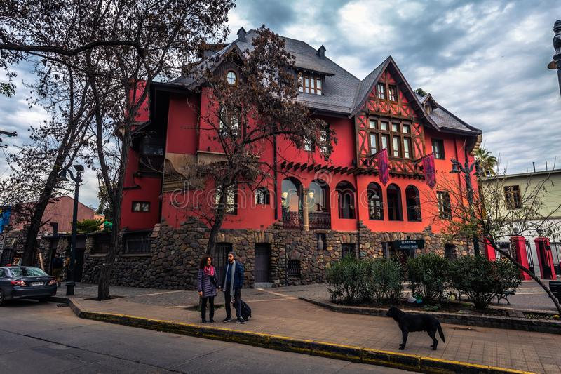 Il Cile - 8 luglio 2017: Casa tradizionale in Santiago de Chile fotografia stock libera da diritti