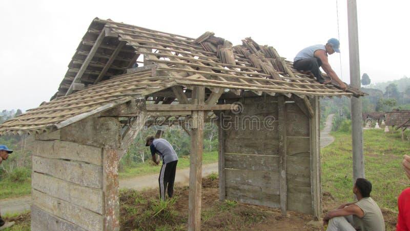 Il cittadino del villaggio lavora insieme fotografia stock libera da diritti