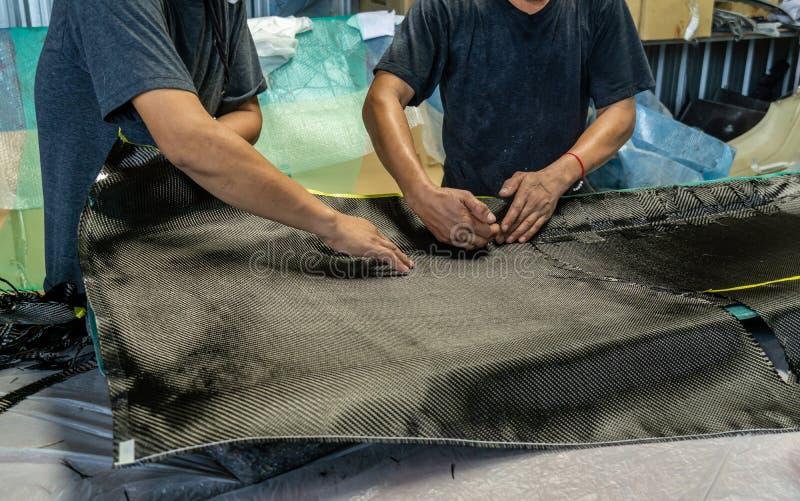 Il cofano anteriore del cappuccio ? fatto di carbonio immagine stock