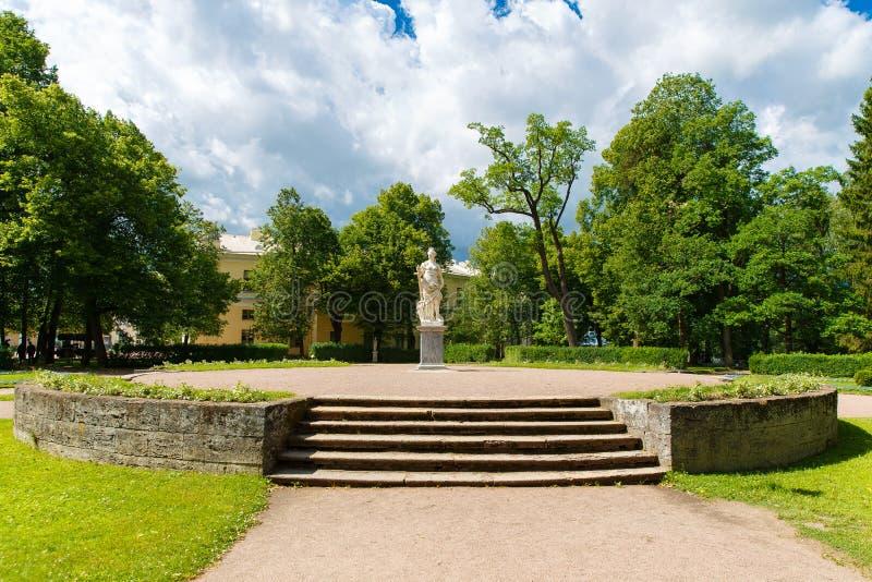 Il complesso del parco e del palazzo di Pavlovsk - palazzo di estate di Emper immagine stock libera da diritti