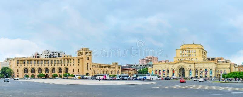 Il complesso del quadrato della Repubblica a Yerevan immagine stock