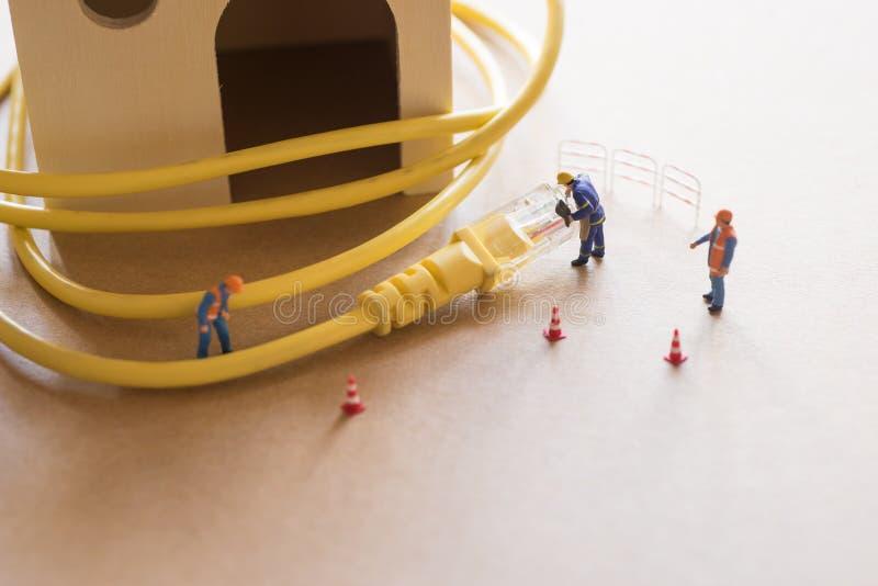 Il concetto della rete effettua un analisi guasti del sostenitore o dell'amministratore immagine stock libera da diritti