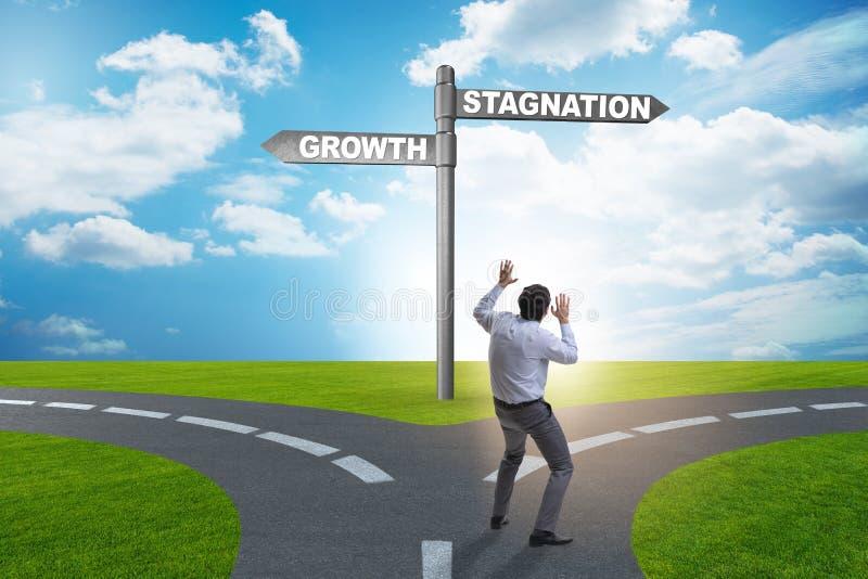 Il concetto della scelta fra crescita e ristagno immagini stock libere da diritti