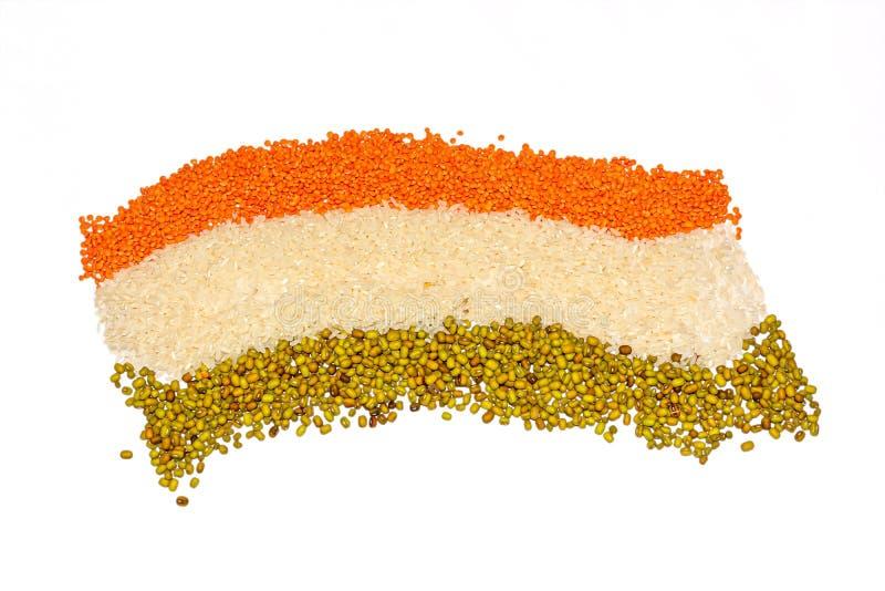 Il concetto di 15 August India Independence Day, bandiera indiana è fatto dei grani fotografia stock