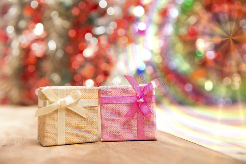Il contenitore di regalo, osserva bello fotografie stock