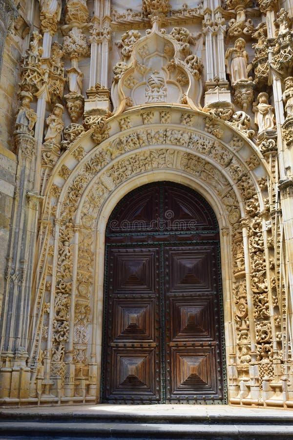 Il convento del monastero cattolico di Cristo in Tomar, Portuga immagini stock libere da diritti