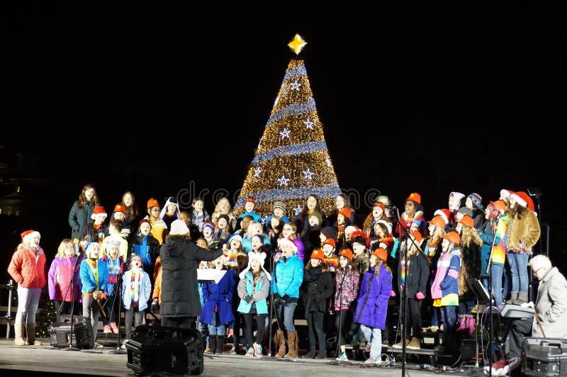 Il coro dei bambini all'ellisse immagini stock libere da diritti