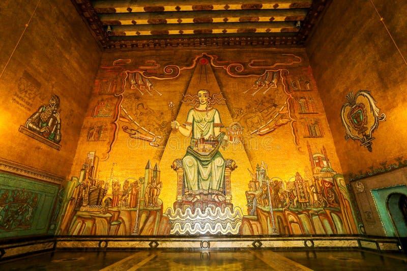 Il corridoio dorato fotografia stock libera da diritti