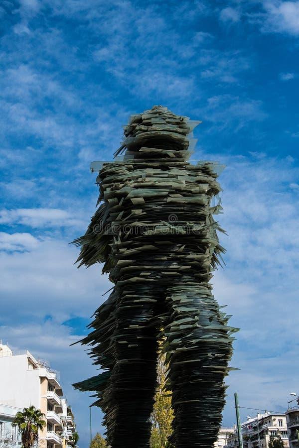 Il corridore, una scultura di vetro impilata su ferro fotografia stock