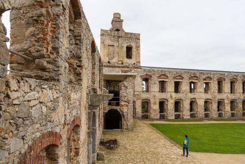 Il cortile interno del castello di Krzyztopor, Ujzad, Polonia fotografia stock libera da diritti