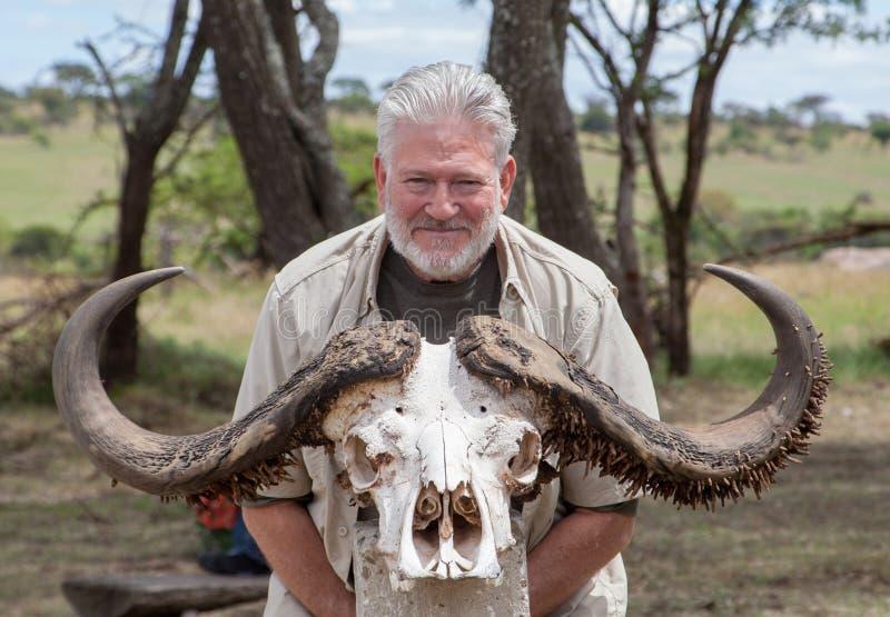 Il cranio di un bufalo d'acqua africano immagini stock