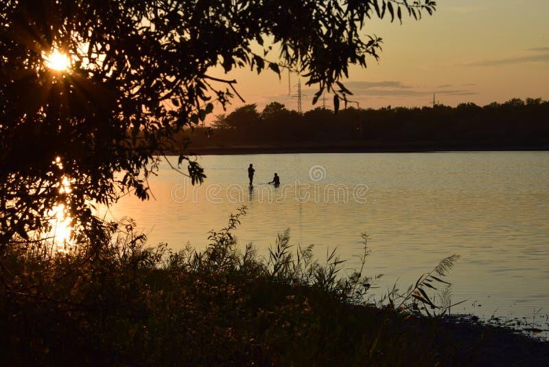 il crepuscolo lavora l'alba fotografia stock