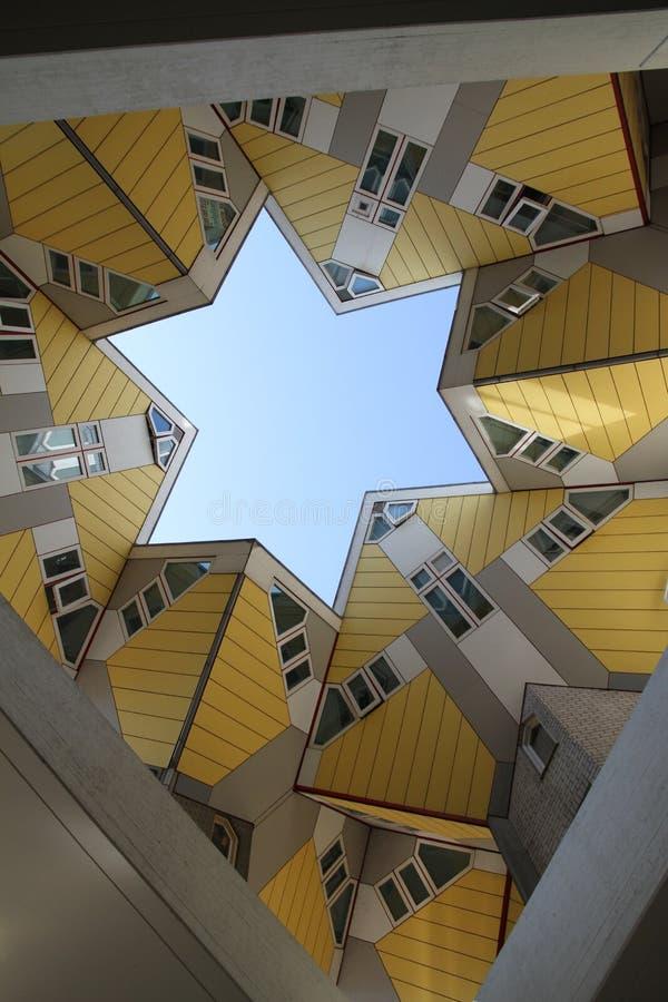 Il cubo alloggia Rotterdam fotografie stock libere da diritti
