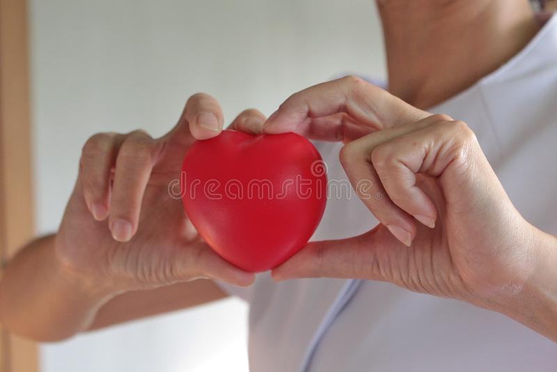 Il cuore rosso è forte fotografia stock libera da diritti