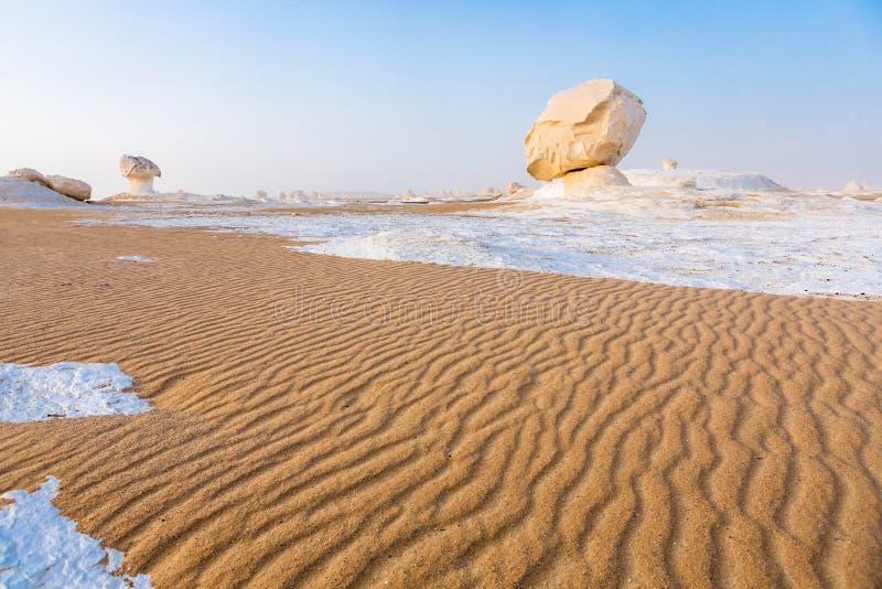Il deserto bianco a Farafra nel Sahara dell'Egitto fotografie stock