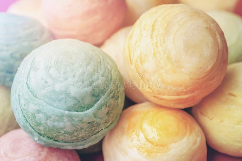 Il dessert cinese ha chiamato il Pia, dessert antico fatto da farina ai fagioli dorati schiacciati il calore bollenti farciti con fotografia stock libera da diritti