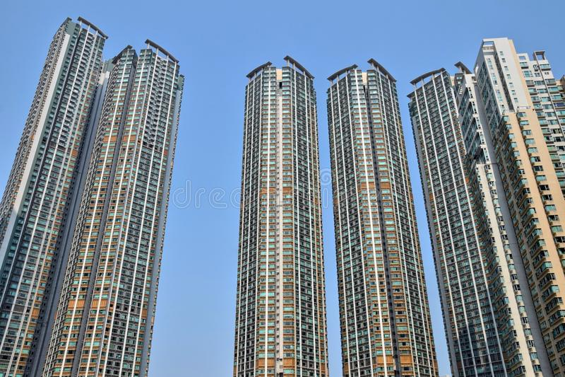 Il dettaglio dell'edificio residenziale ad alta densità in Hong Kong immagini stock libere da diritti