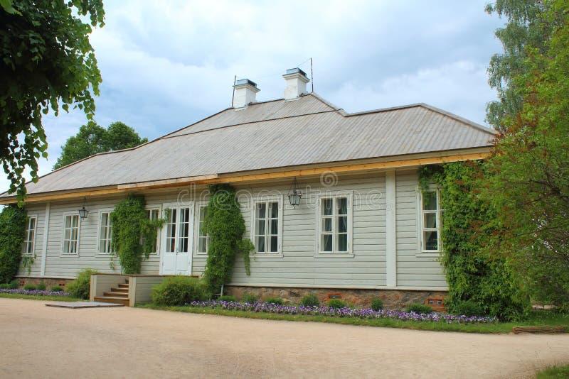Il di casa museo di Alexander Pushkin fotografie stock libere da diritti