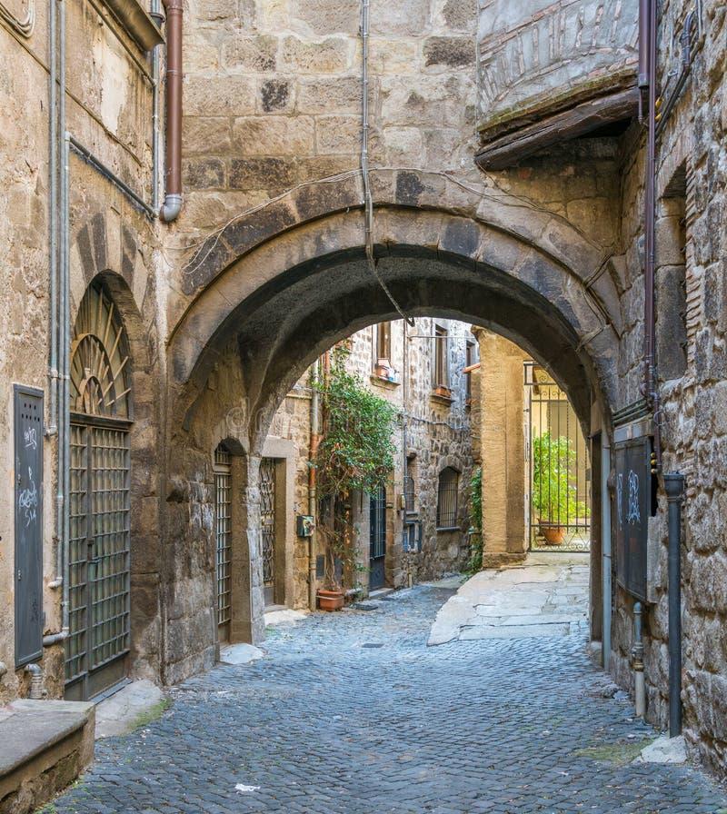 Il distretto medievale pittoresco di San Pellegrino a Viterbo, Lazio, Italia centrale immagine stock libera da diritti