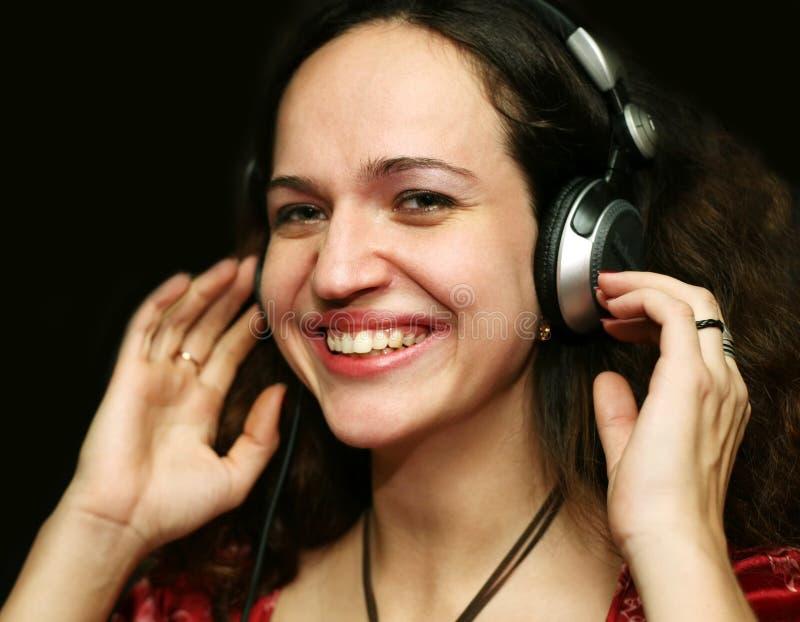 Download Il DJ - ragazza fotografia stock. Immagine di donna, graffiatura - 3875610