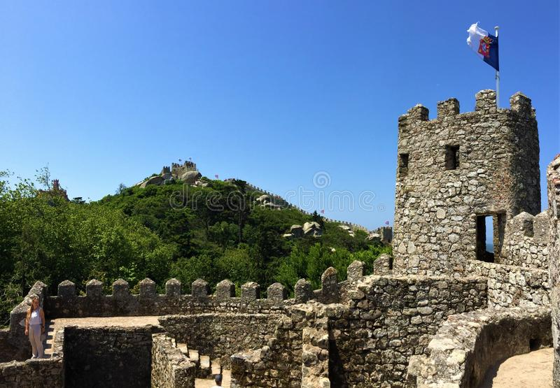 Il DOS Mouros di Castelo attracca il castello fotografie stock libere da diritti
